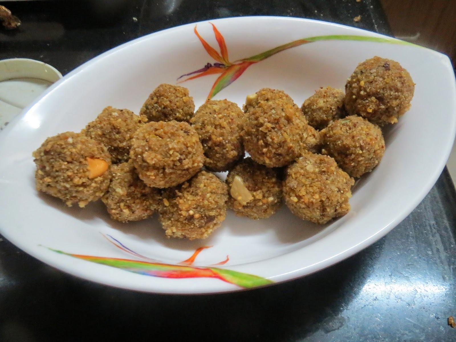 Moong Dal + Sesame Seeds Laddu