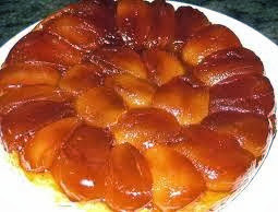 Torta invertida de manzanas