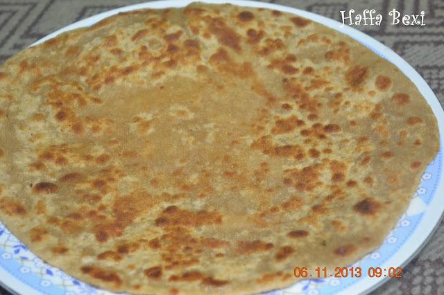 Sweet Paratha/Chapati (Meetha Paratha)