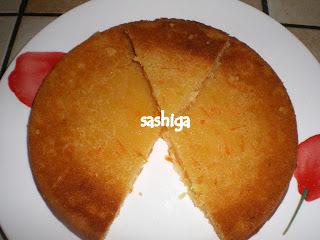 முட்டையில்லாத கேரட் கேக்(ப்ரெஷர் குக்கர் செய்முறையில்) /Eggless Carrot Cake (Pressure Cooker Method)