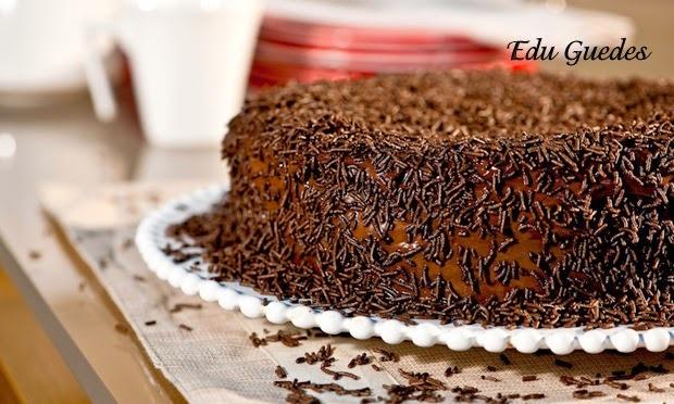 calda para bolo de chocolate edu guedes