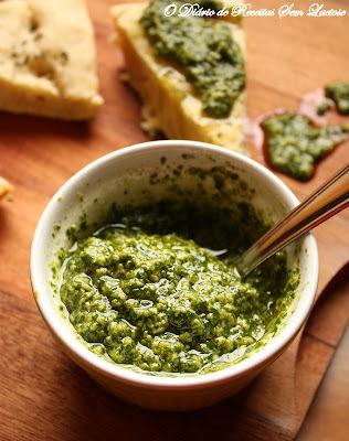 Molho ao Pesto com Soja