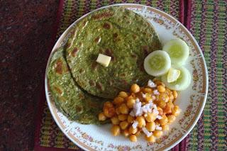 Multigrain Atta And Palak Parotta - Multigrain And Spinach Multilayered  Flat Bread