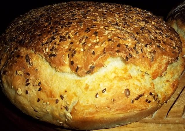 Ψωμί σπιτικό : Πιό εύκολο δε γίνεται! Η πιό νόστιμη και απολαυστική εμπειρία με τα πιό απλά υλικα.