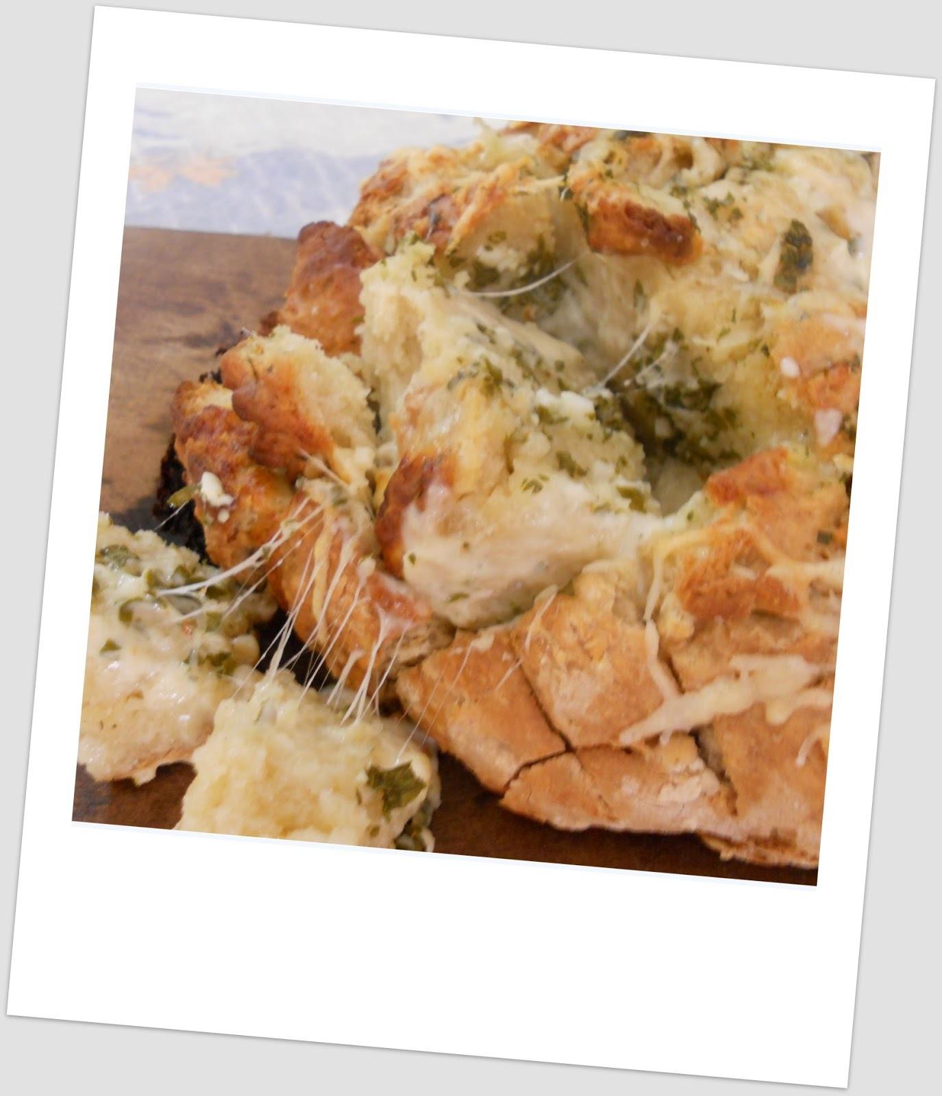 Pan de soda irlandés (irish soda bread)  a la provenzal y con gratín de queso ... La recepta del 15 se despide
