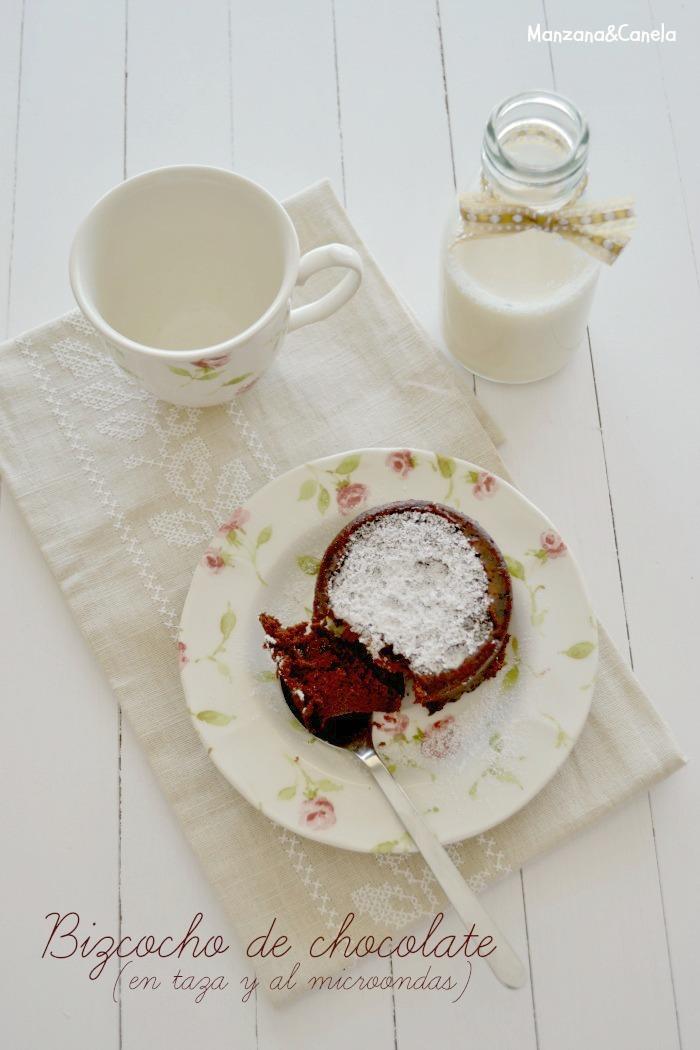 Bizcocho de chocolate en taza y en microondas: la receta más rápida, fácil y buena del mundo.