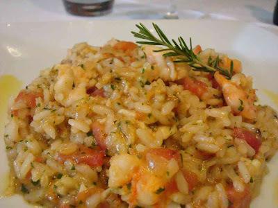 o que acompanha risoto de camarão