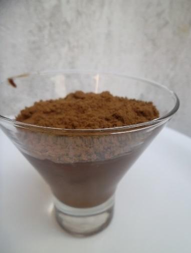 mousse de chocolate sem clara em neve