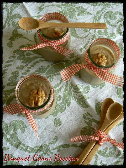 Sambayón (Sabayón) con nueces