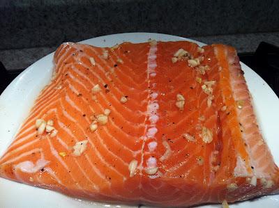 como tirar espinha de salmão
