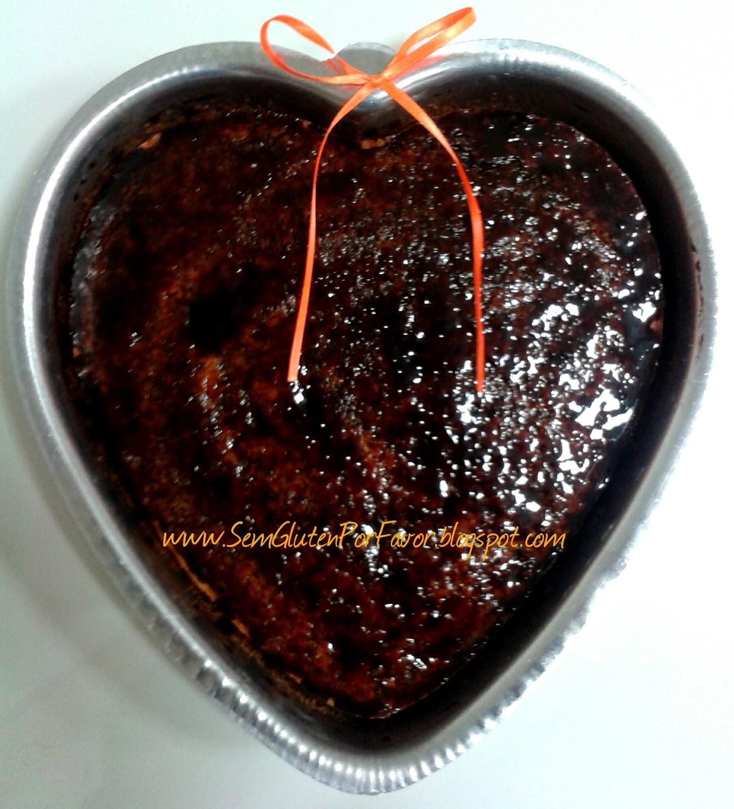 Receita de hoje: + um bolo de cenoura (o mais fofinho do universo!)