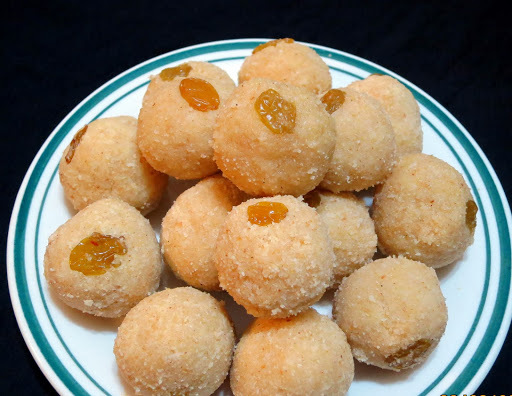 Rava and Coconut Laddu