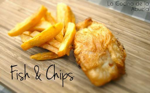 Pescado rebozado inglés. Fish & Chips casero.