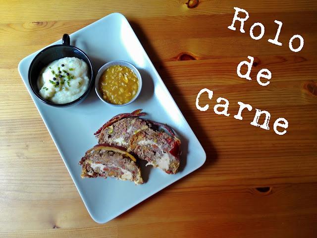 Rolo de Carne com Puré de Couve-Flor e Molho de Cebola