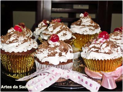 Cupcake floresta negra ( vc não vai resistir )