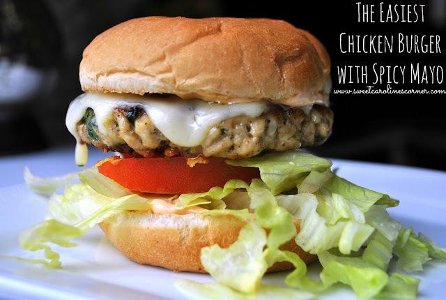 The Easiest Chicken Burger with Spicy Mayo (Burger de Frango com Maionese Picante Super Fácil)