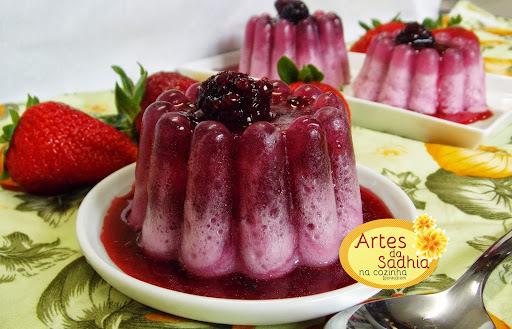 de gelatina incolor com fruta para bebe