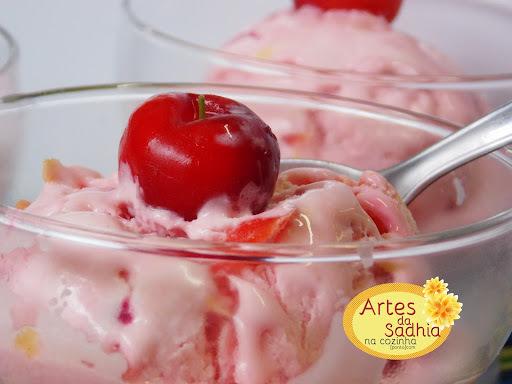 sorvete de massa de acerola ( rende 10 litros )