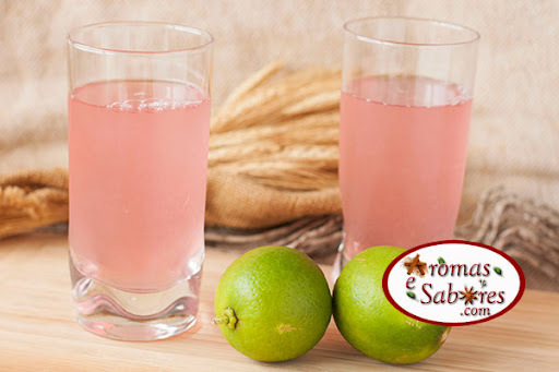Limonada cor de rosa natural - pink lemonade