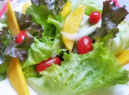 Receita: salada tropical (com manga)