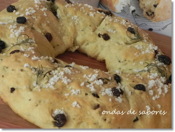 Pão com Azeite, Alecrim e Uvas-Passas