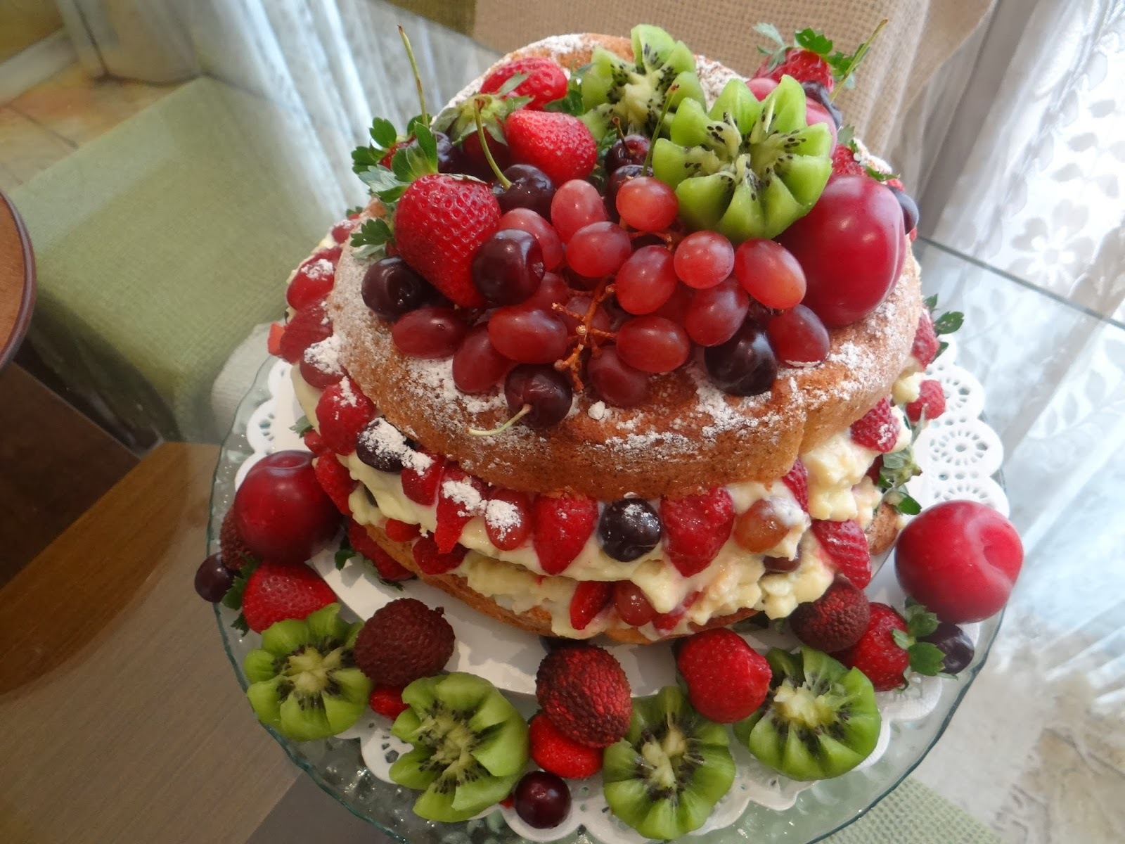 Bolo Naked Cake (Bolo Desconstruído)