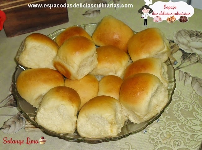 Pãozinho de aipim (mandioca), massa feita na MFP