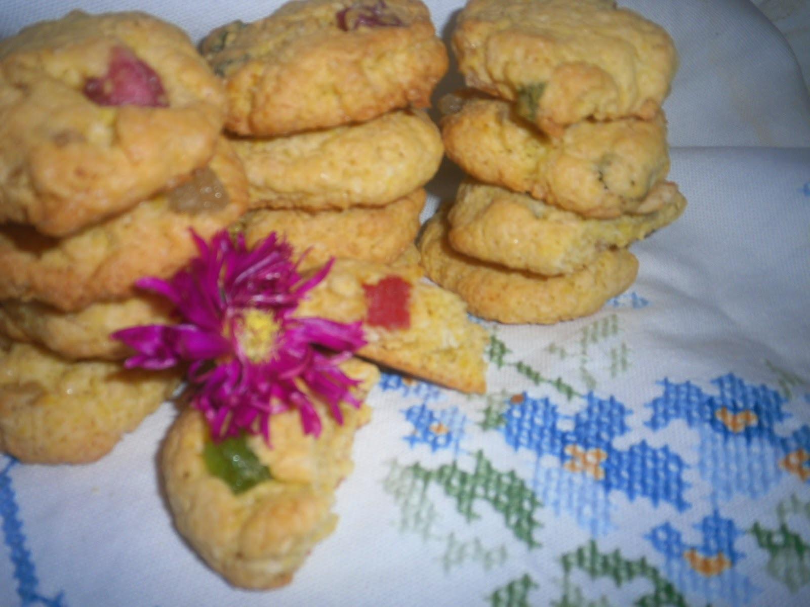 Mini cookies de coco com frutas cristalizadas- Vamos fazer bolachas 2014