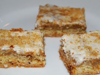 Pumpkin Pie Cake Bars
