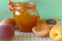 Marmelada od marelica i Amaretto liker