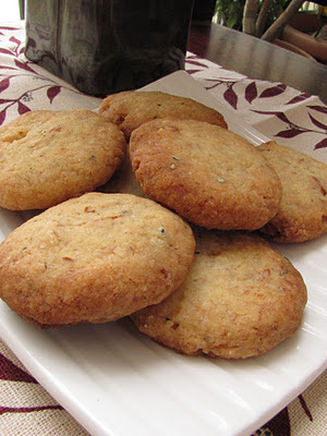 Eggless Cardamom & Almond Cookies