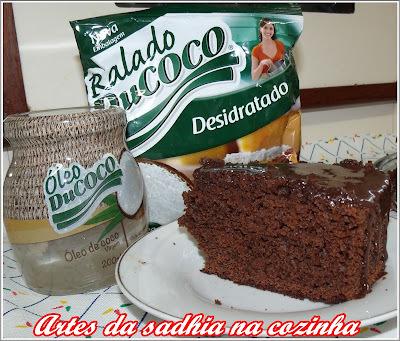 Bolo de chocolate  facil com coco e óleo de coco Ducoco  e promoção imperdivel .