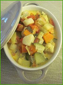 Cocotte de noix de saint jacques aux légumes ensoleillés