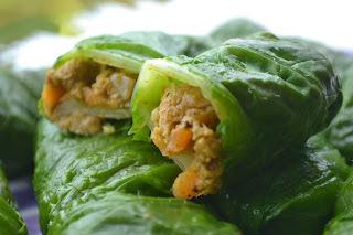 Rolinho de acelga com carne vegetal e cenoura (vegan)
