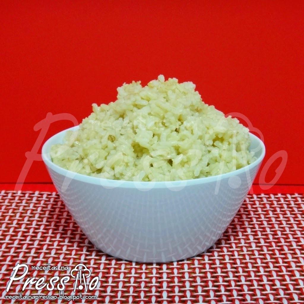 arroz integral na panela eletrica