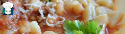 nhoque de batata com molho de carne moida