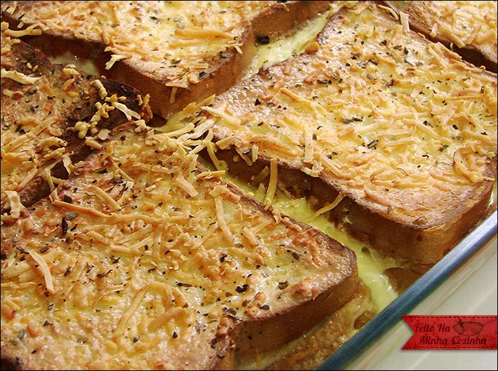 Torta de Pão com Queijo e Presunto