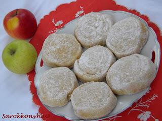 Almás csigafánk-Sütőben sütve!