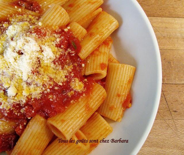 Rigatoni sauce aux tomates séchées et au vinaigre balsamique