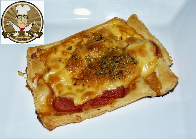 mini pizza facil e de poucos ingredientes