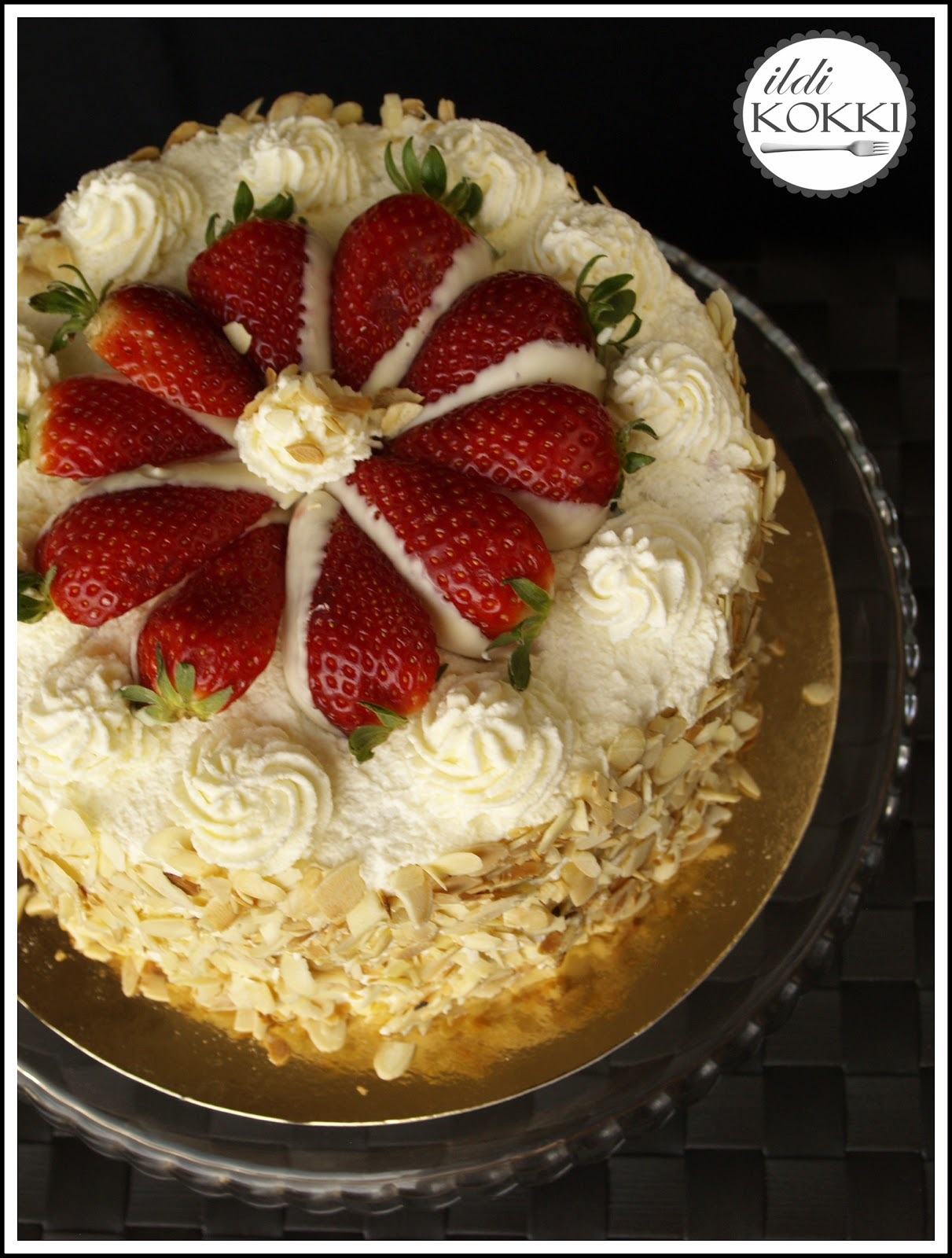 Erdei gyümölcsös & mascarpone krémes torta