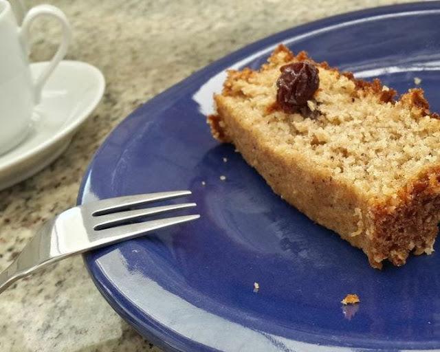 bolo de banana com farinha de rosca aveia açucar mascavo e canela