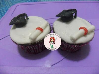 Cupcakes de chocolate recheado com brigadeiro