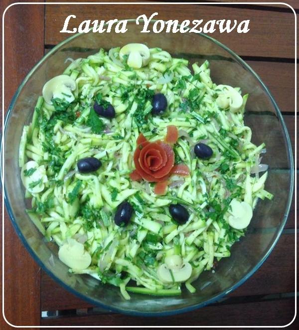 Conserva de abobrinha no alho, de Laura Yonezawa