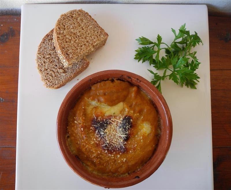 empanadas de humita con salsa blanca