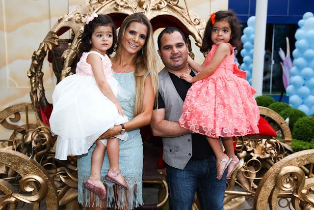 Festa Princesas - 3 Anos das gêmeas Isabella e Helena filhas do cantor Luciano Camargo