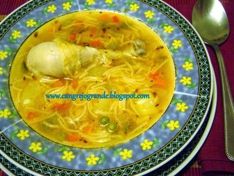 Sopa de Pollo con Fideos  / Ciorba de Pui cu Fidea.
