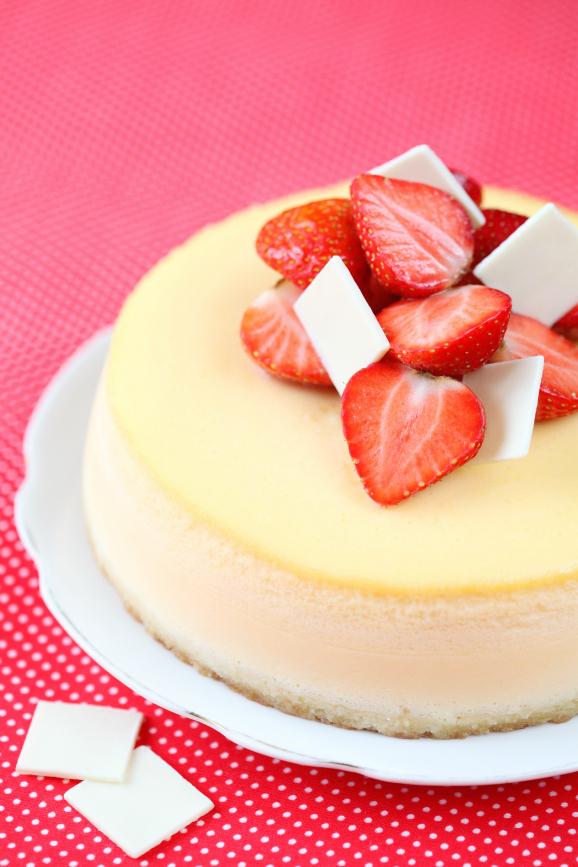 Ванильный чизкейк с клубникой / Cheesecake de baunilha com morango