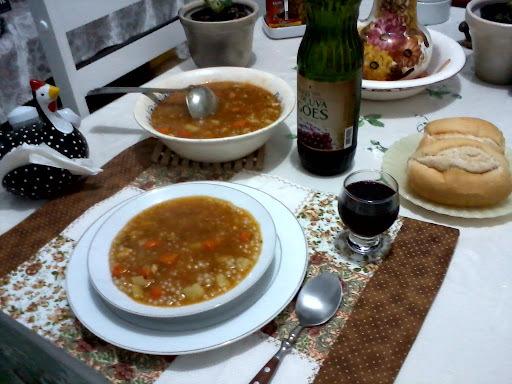 Sopa de Sagu com Peito de Frango
