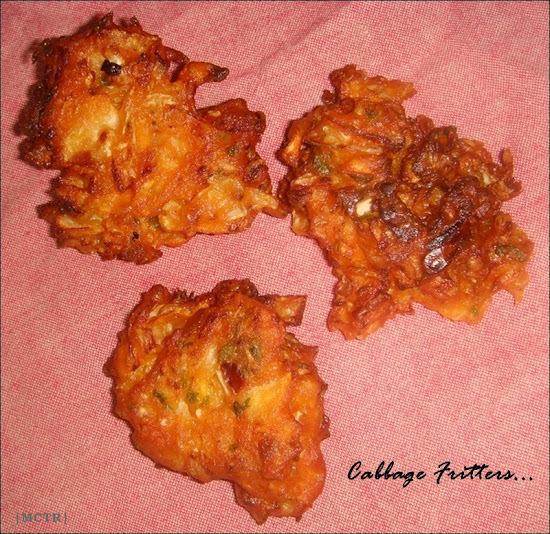 Cabbage fritters / bajji